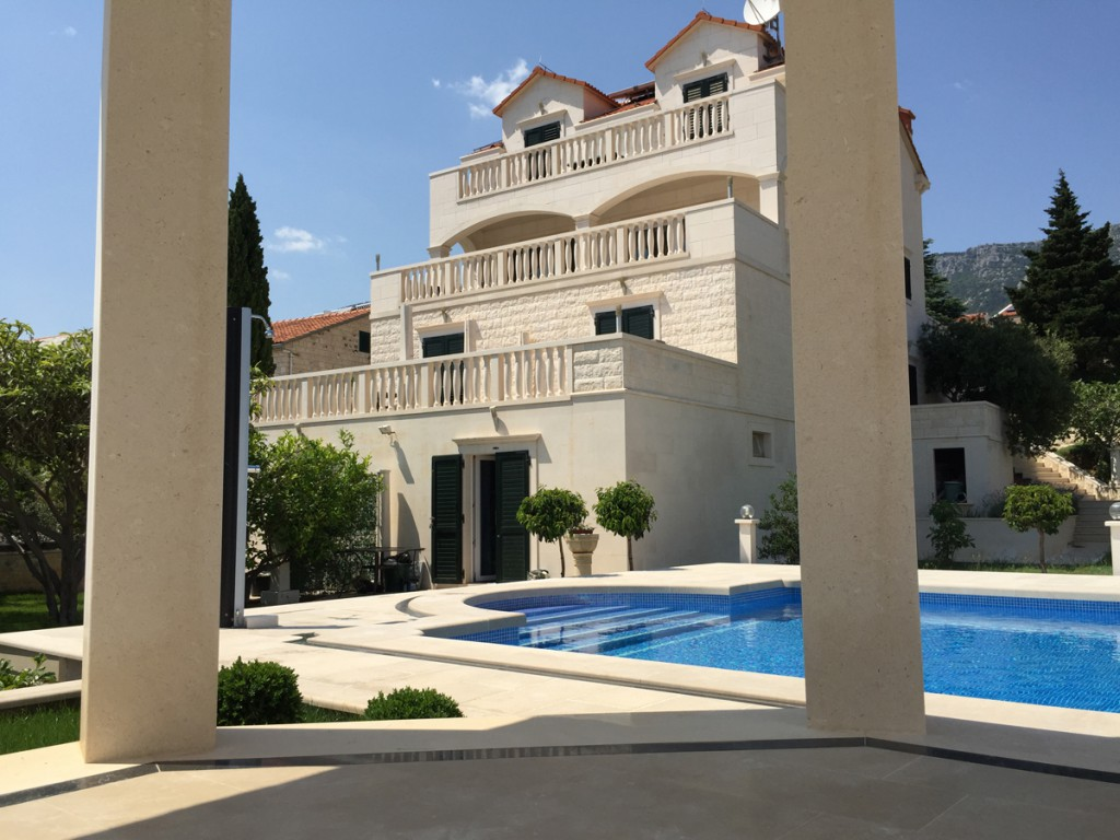 Villa Jadranka Bol Apartments