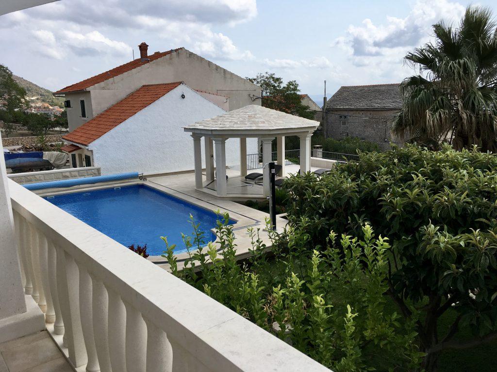 Apartment Mimoza, terrace, swimming pool, apartments villa Jadranka bol